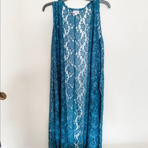 LuLaRoe joy lace vest, NWOT, sz medium